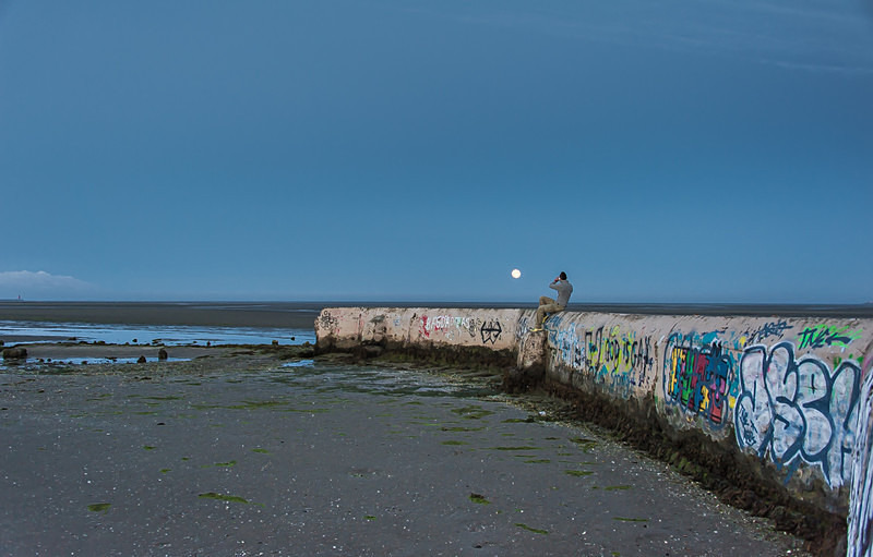 Admiring the full moon - Sandymount