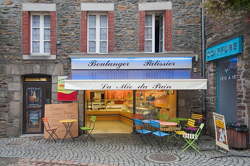 La Boulanger et Patissier - LANDSCAPES (outside Ireland)