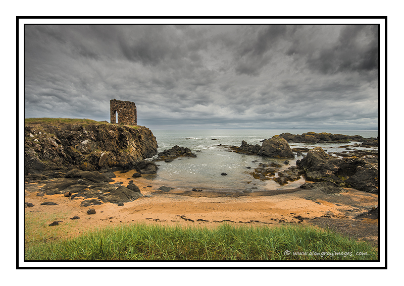 The Lady's Tower, Ruby Bay, Elie 01 - Fife
