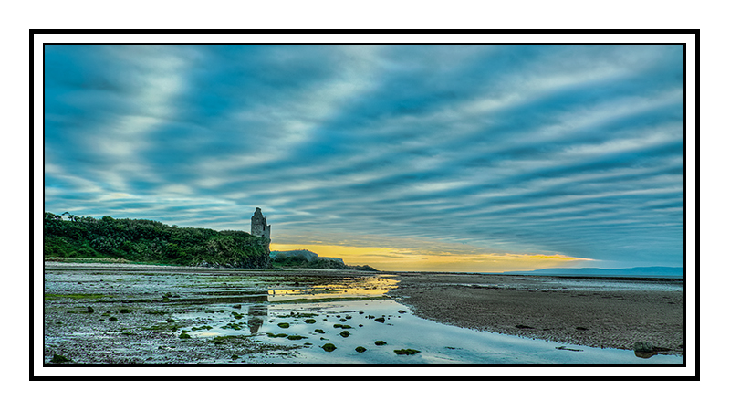 Greenan Castle from Doonfoot beach, Ayr. - Glasgow & strathclyde