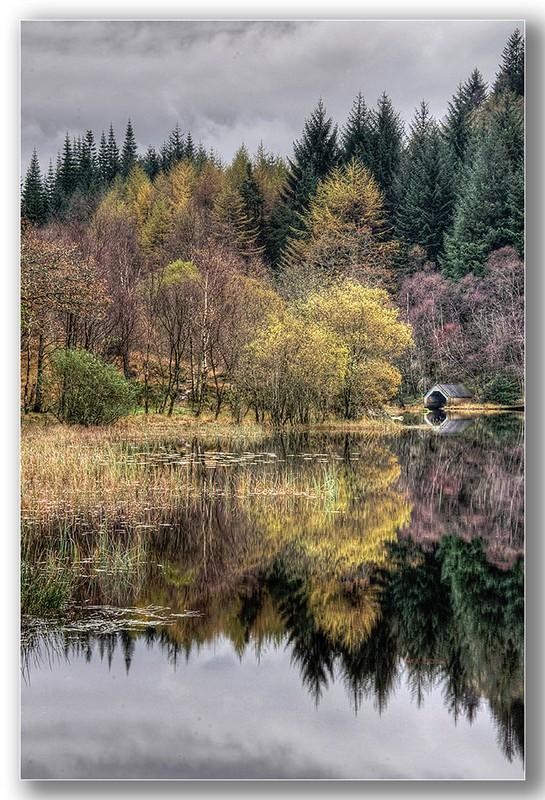 Loch Chon reflections - The loch Lomond & Trossachs national park