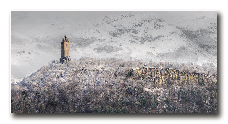 The National Wallace Monument (winter) panorama - Clackmannan & Stirlingshire