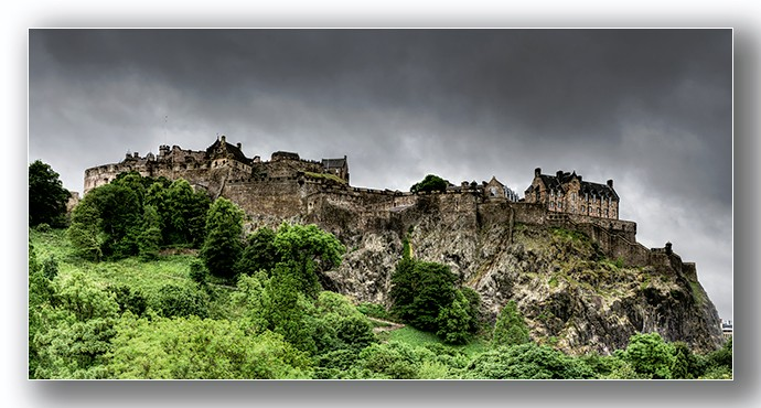 Edinburgh Castle Panoramic - Edinburgh & the lothians.