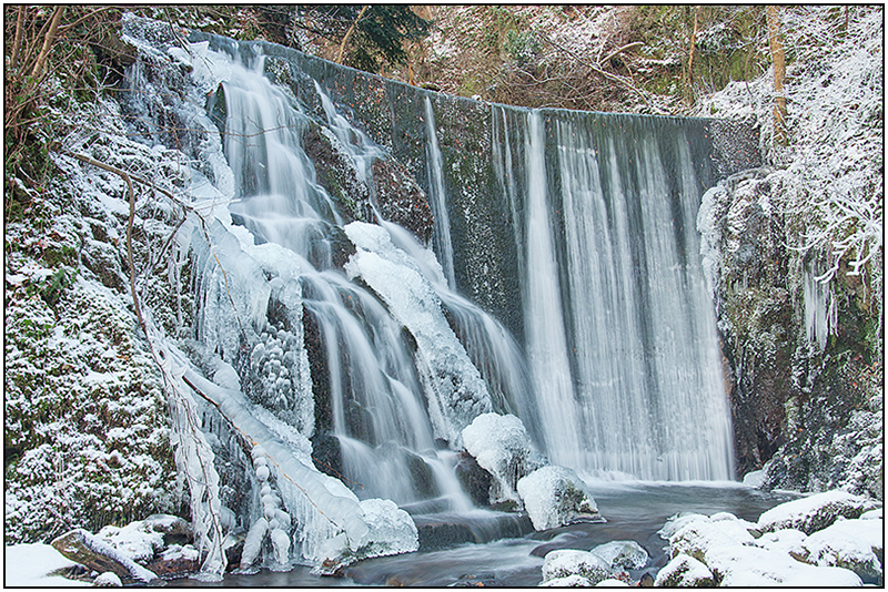 McArthur Brae Falls Dec 2010 - Clackmannan & Stirlingshire