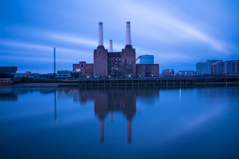Battersea Power Station dawn - City