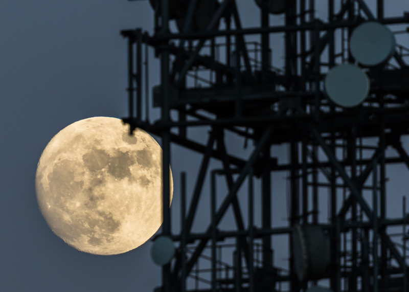 Full moon over Clee Hill telephone mast - Moon