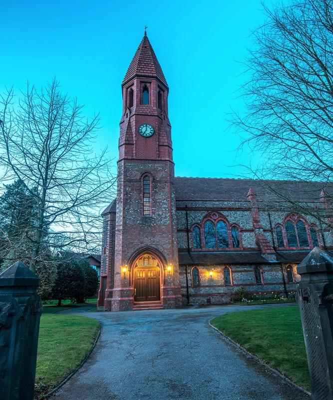 Hale St Peters - Altrincham & Hale