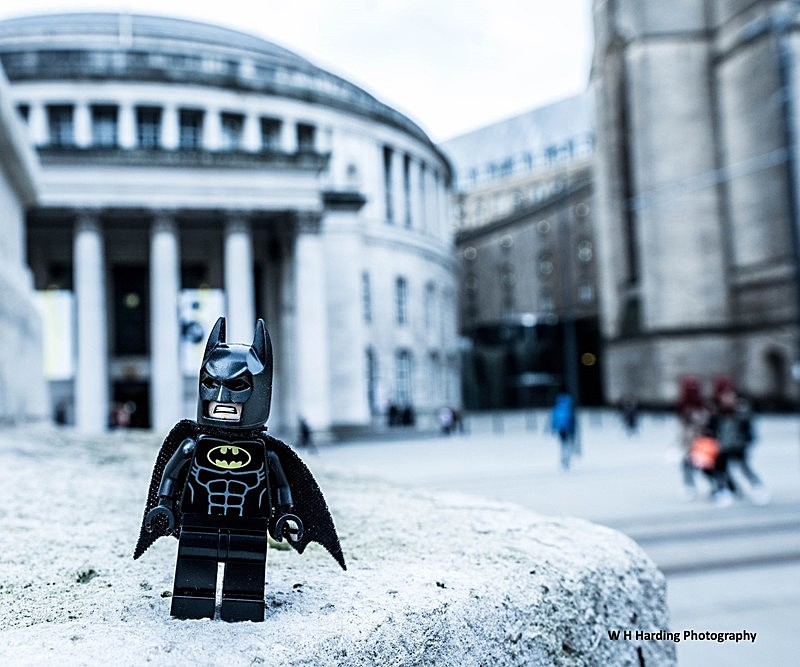MANCHESTER CENTRAL LIBRARY BATMAN - MANCHESTER MINI FIGURE ADVENTURES