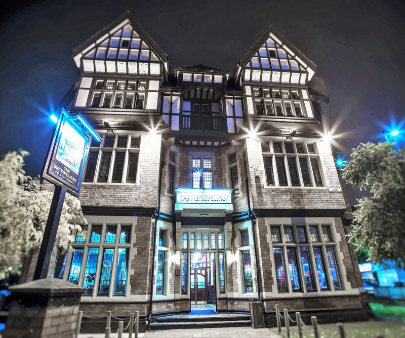 The Metropolitan - Manchester Pubs & Bars