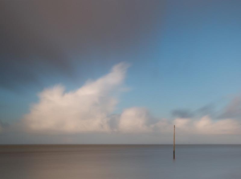 Post, Gironde Estuary - Freshwater
