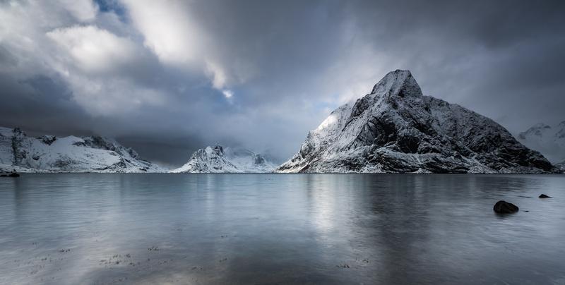Light on the mountain - Ice