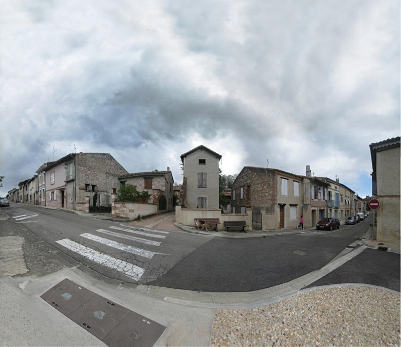Sunday morning,  Auvillar - Auvillar France