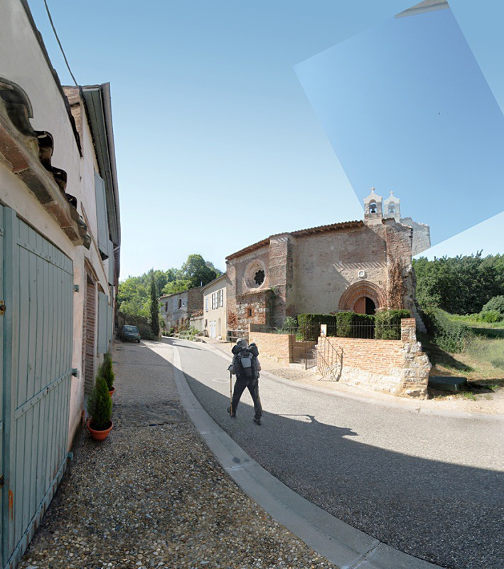 Pilgrim walking, Auvillar - Auvillar France
