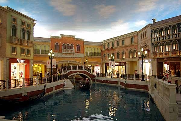 Venetian Casino, 2nd floor. - Hongkong and Macau