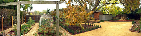 Hedgerow Cottage, Rear garden - Real estate: Kyneton (Hedgerow Cottage), Daylesford (The White House) and Goodwood (Ophir Street).