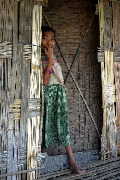 Shy Mishing tribe girl - India (Assam, Brahmaputra cruise, Agra and Jaipur)