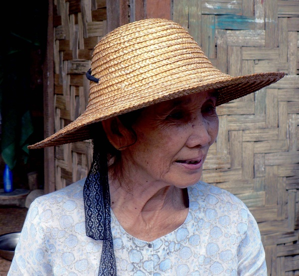 Old woman in straw hat - Burma