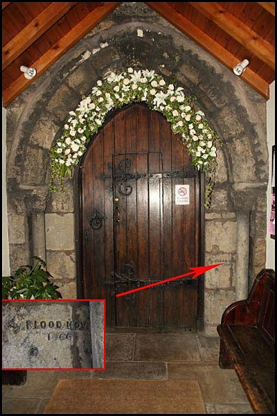 entrance porch - Ferrybridge Church