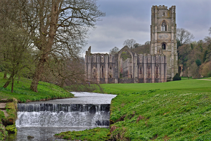 Fountains Abbey - Central England