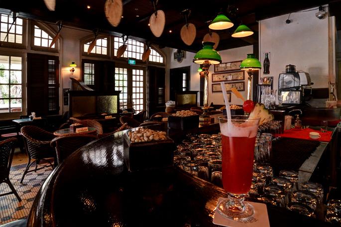 Long Bar - Raffles Hotel - Singapore