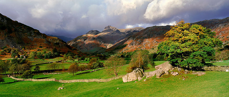 Langdale Pikes and Great Langdale EDC020 - Lake District
