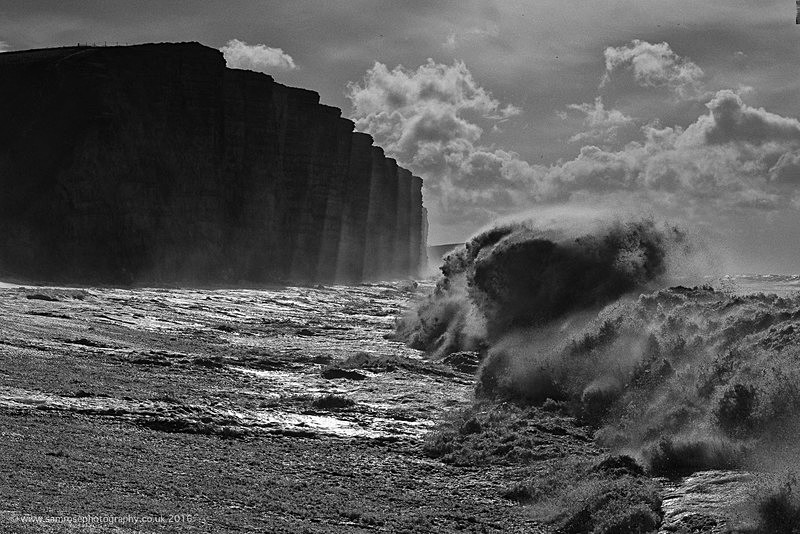 Big seas at East Cliff - Dorset Photos