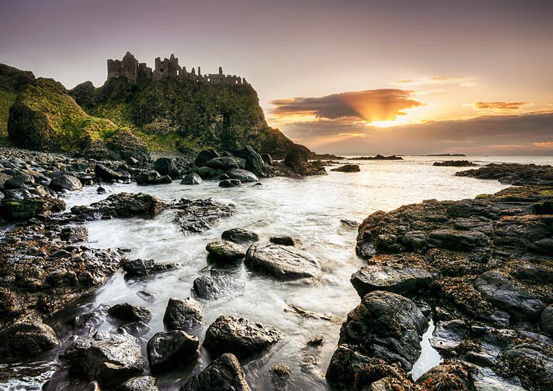 Dunluce Castle (ii) - Irish Landscapes