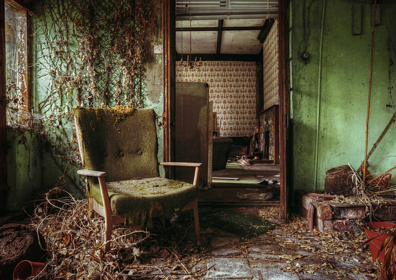 Veronica's Chair - 'Abandoned Ireland'