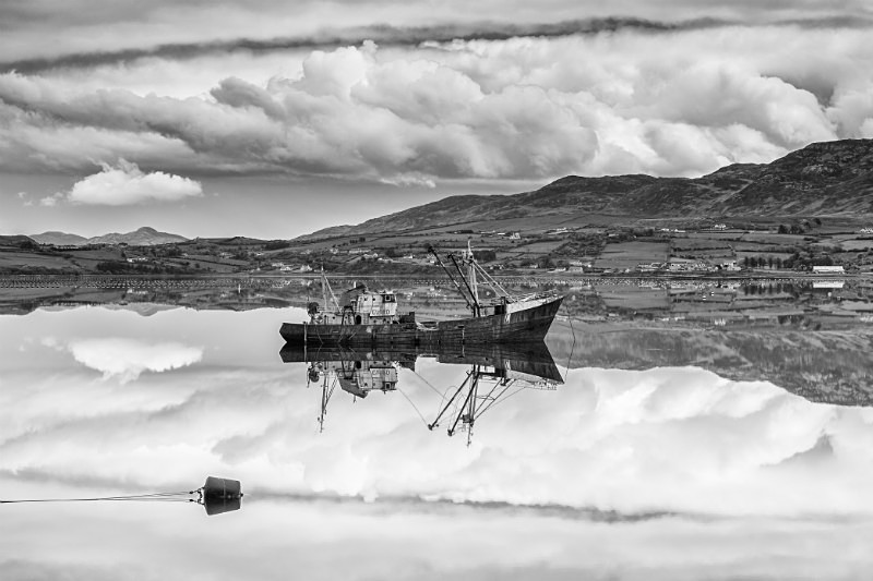 Cranford Boat - Black & White
