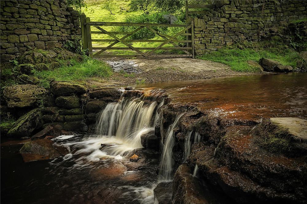 Eastergate Light - Waterfalls