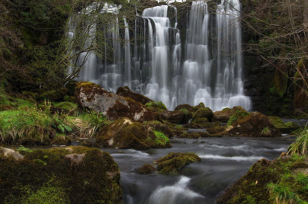 Scale Haw Falls - Waterfalls