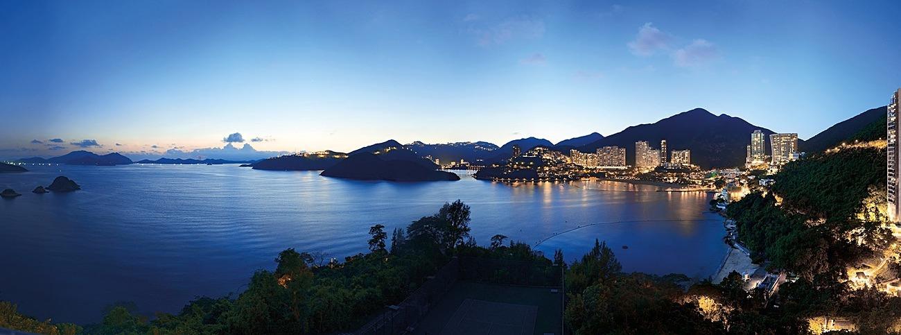 KMPAN-63 Repulse Bay from Headland Road at dusk. - The Hong Kong Affordable Art Fair collection