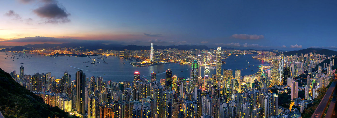KMPAN-02 The Harbour from Lugard Road on the Peak - 2013 - Panoramas of Hong Kong - comtemporary