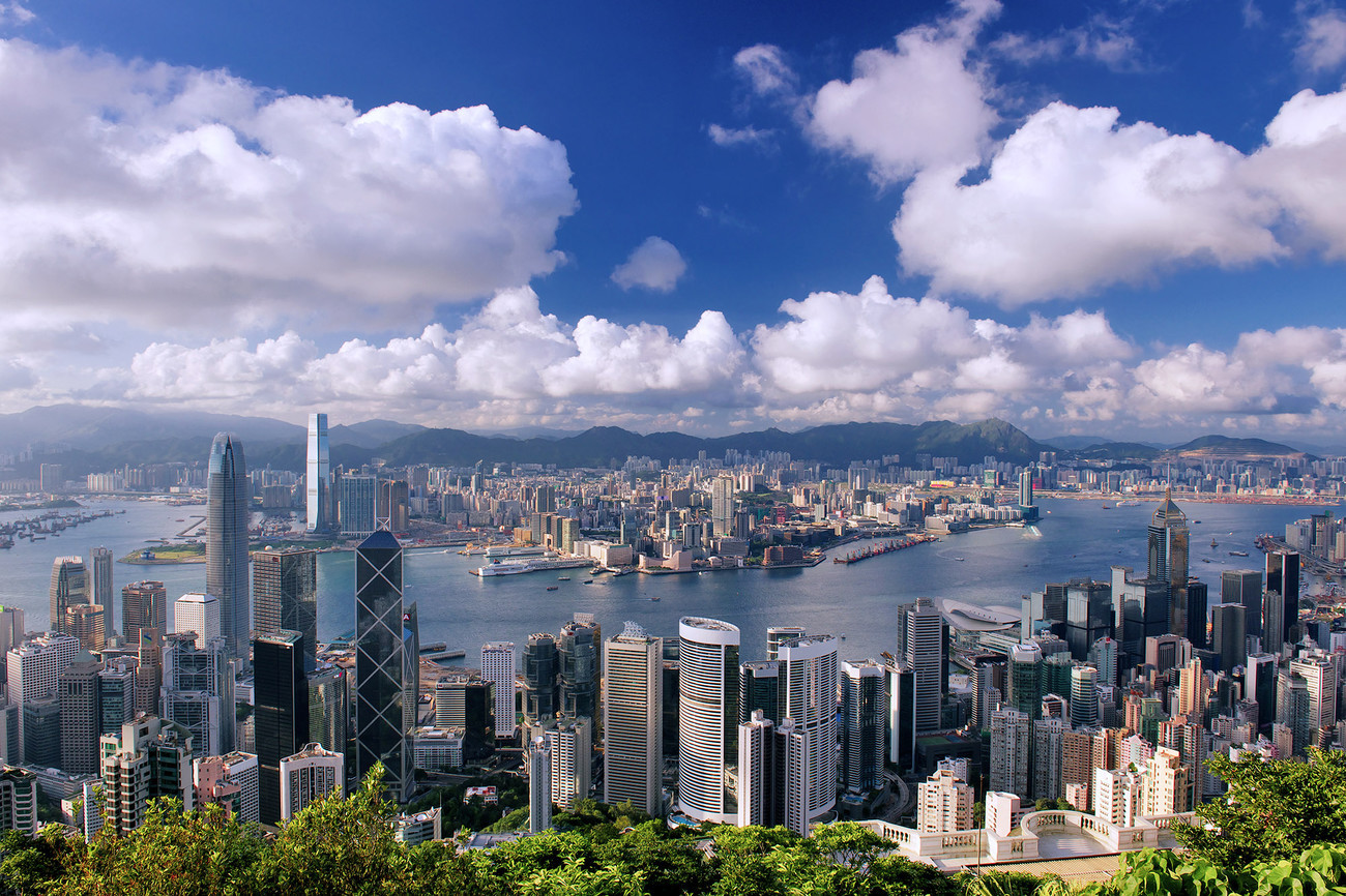 KM-320M Harbour from Pollocks path - 2012 - Hong Kong - Contemporary