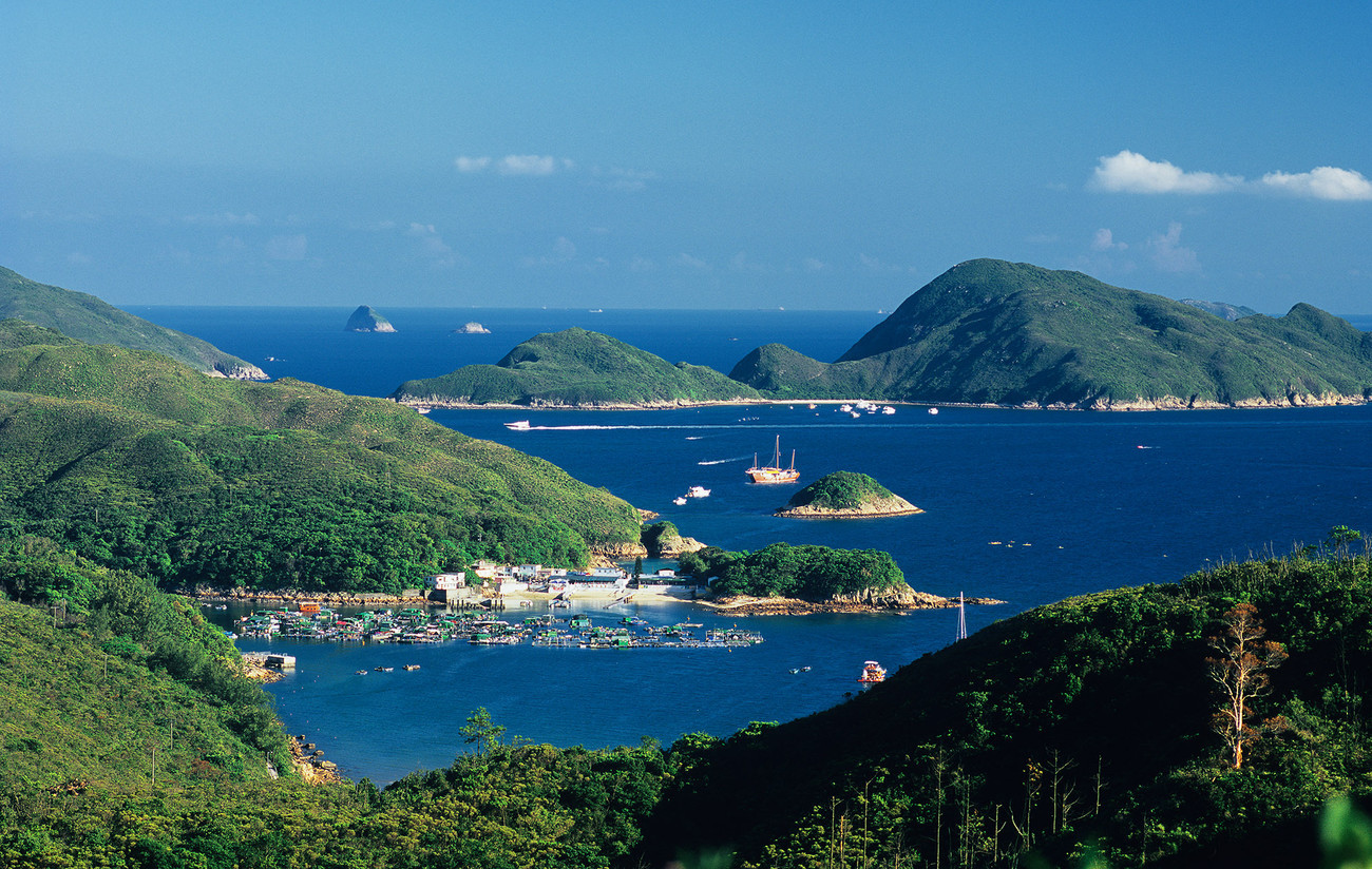 KM-335 Snake Bay  Bluff Island-s - Hong Kong - Contemporary