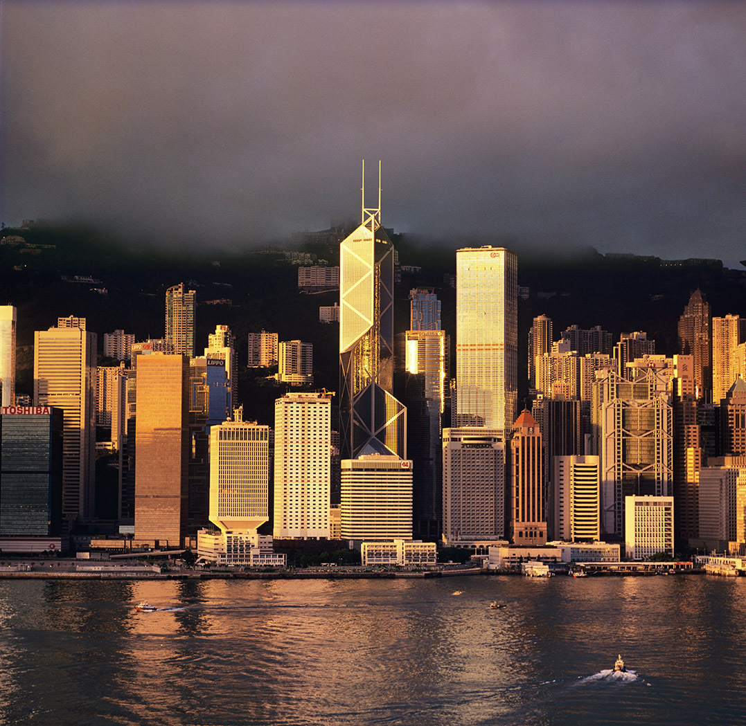 KM-287 Central at dawn - 1999 - Hong Kong - Contemporary