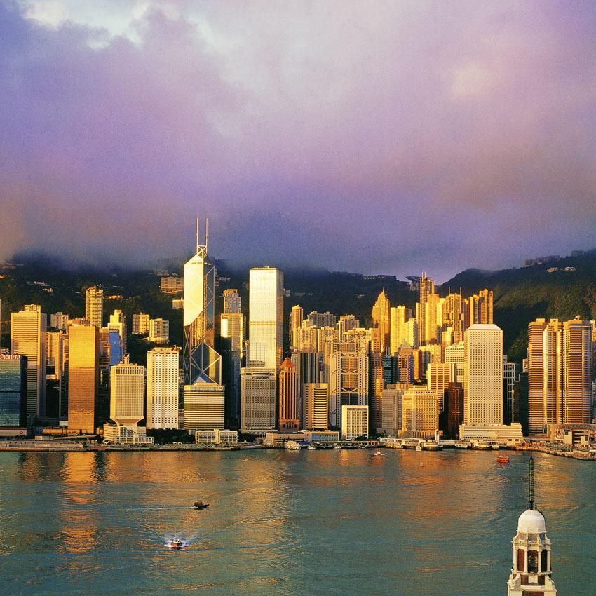KM-284 Central from Tsim Sha Tsui at dawn 1996 - Hong Kong - Contemporary