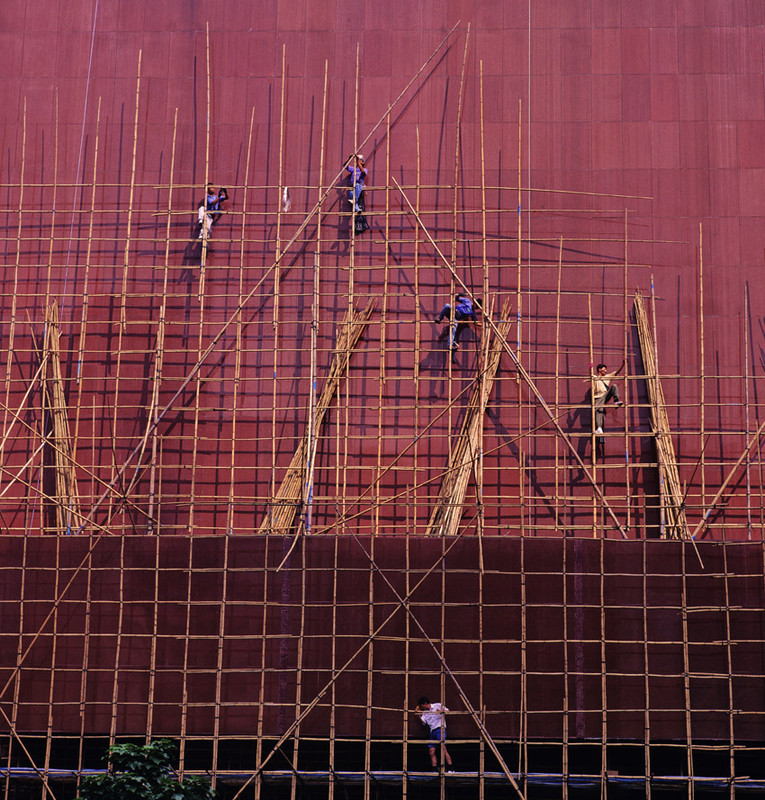 KM-62 Scaffolders at City Hall - 1994 - Hong Kong in the 70s and 80s