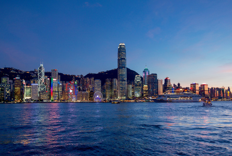 Island and Central at dusk DSC_5255 - Hong Kong with the Aqua Luna Junk