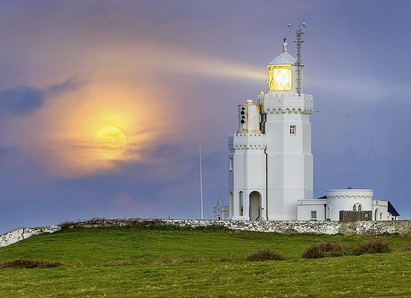 1684 Moonset St Catherines Lighthouse - The Isle of Wight at Night landscapes