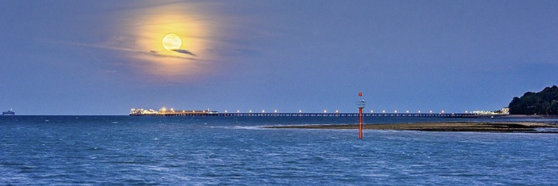1614 Super moon rising over Ryde Pier - The Isle of Wight at Night panoramics