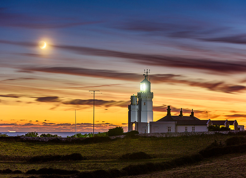 1769 Crescent Moon St Catherines Lighthouse - The Isle of Wight at Night landscapes