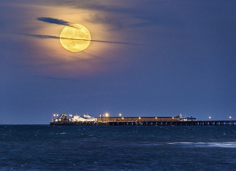 1610 Super moon rising over Ryde Pier - The Isle of Wight at Night landscapes