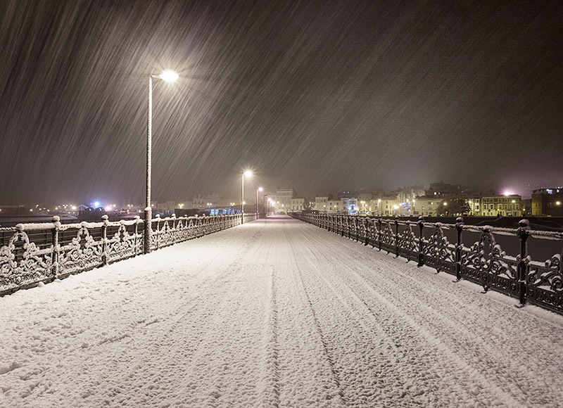 1451 Ryde Pier in the snow - Ryde, Havenstreet and Wootton landscapes