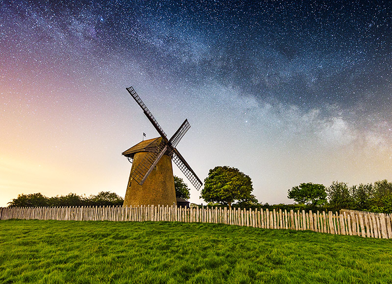 1537 Milky Way Bembridge Windmill - The Isle of Wight at Night landscapes