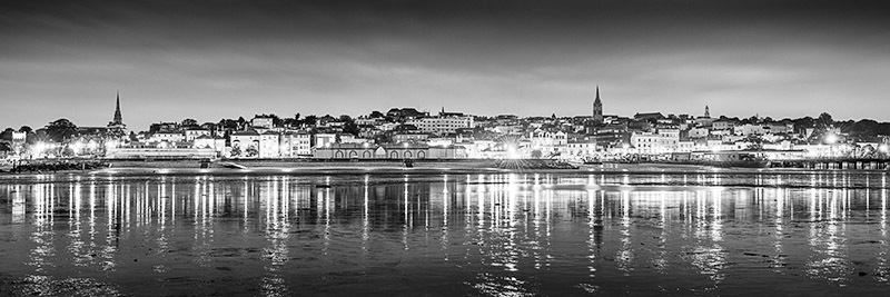 1580 Ryde at Night bw - The Isle of Wight at Night panoramics