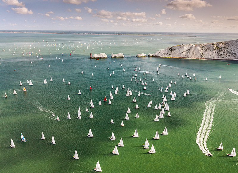 1495 Round the Island Race - Alum Bay and The Needles landscapes