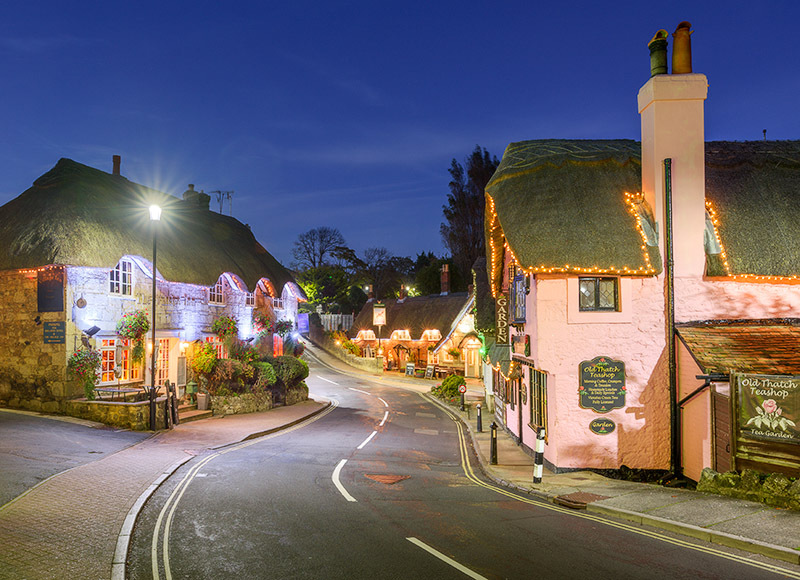 1767 Shanklin Old Village - The Isle of Wight at Night landscapes