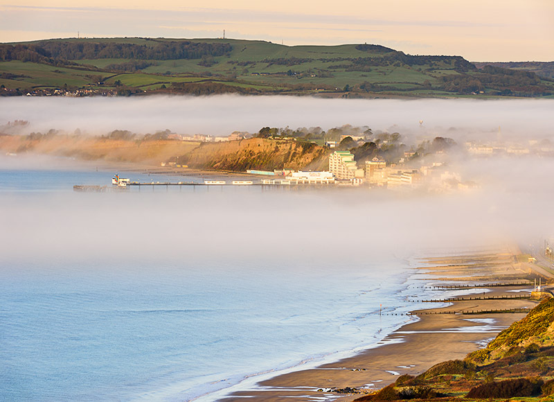1679 Morning Mist Sandown Bay - Sandown, Shanklin and Godshill landscapes