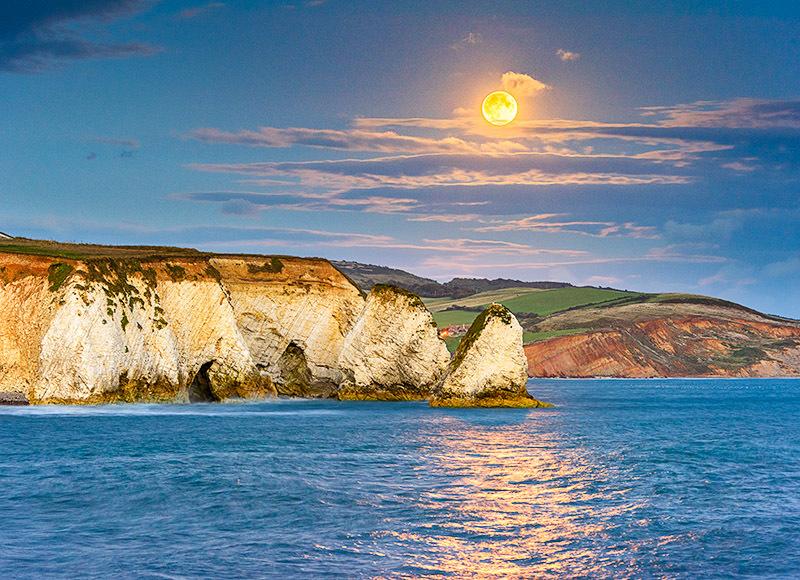 1739 Moonrise Freshwater Bay - Freshwater & Tennyson Down landscapes